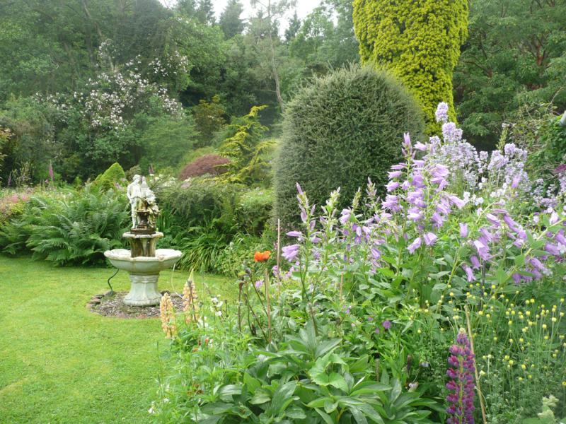 The garden of Clachan Cottage, self catering in Dumfries & Galloway